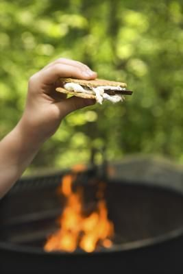 Campfire Foods for Kids - pizza pocket/bean & beef burritos/ chicken soft tacos - ideas are endless and cleanup is so easy.