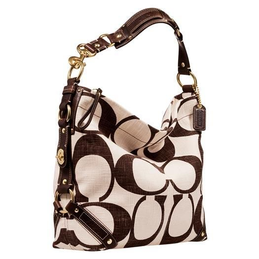 There is a big difference between a woman's purse and a mom bag!
