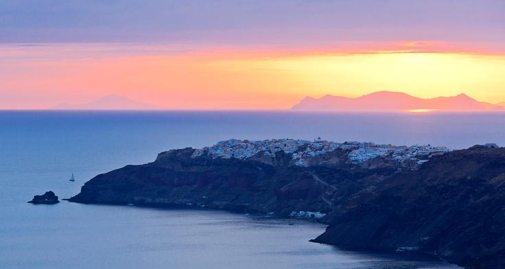 Santorini --I wanna visit the island again!