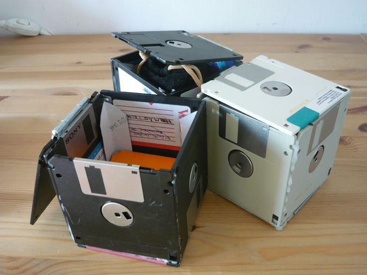 Turn does old floppy disks into a little storage box. The perfect place to keep all those hundreds of USB sticks you seem to pick up...