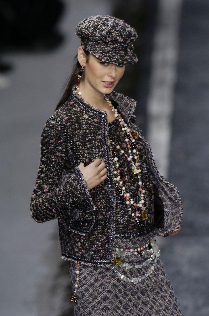 Chanel-I really like this outfit. Love the addition of the hat-I always appreciate a pretty hat!