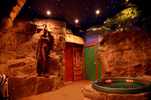 Adventure Suites in North Conway, New Hampshire - this is the Jungle Suite - too much fun!!!