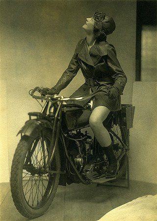 Donne e Moto: storia