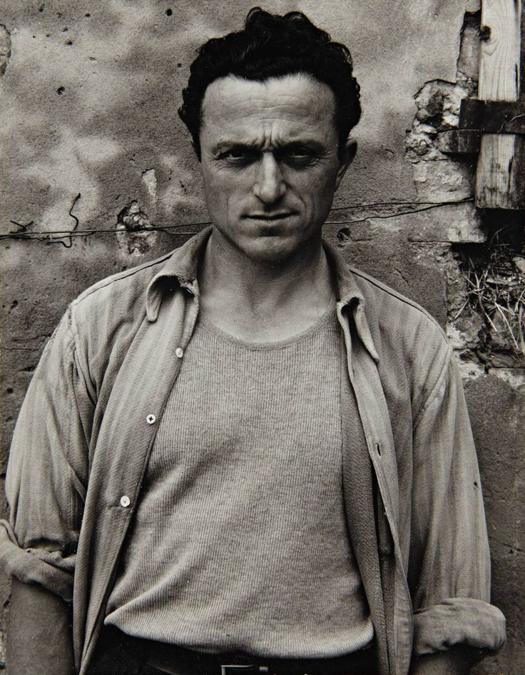 Paul Strand's Gorgeous, Revelatory Photos of an Italian Village in the 50s