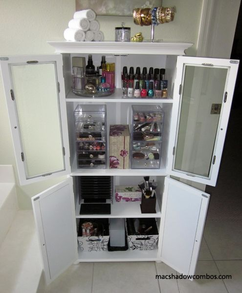 Makeup Cabinet Organization Everything In It 39 S Place