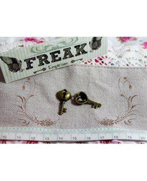 Ciondoli a forma di chiavi del FreakEmporium. (2) - Freak Emporium