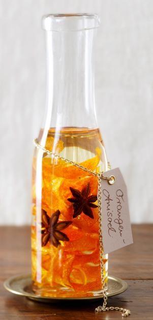 Last-Minute-Geschenk zum Selbermachen: Orangen-Sternanis-Öl für Weihnachten.