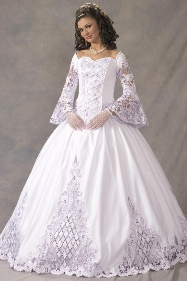 19 best Wedding dresses images on Pinterest | Wedding dressses ...