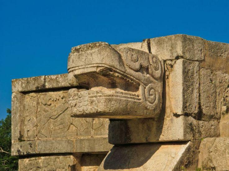 #Chitchen-Itza #Mexico | Picfari.com
