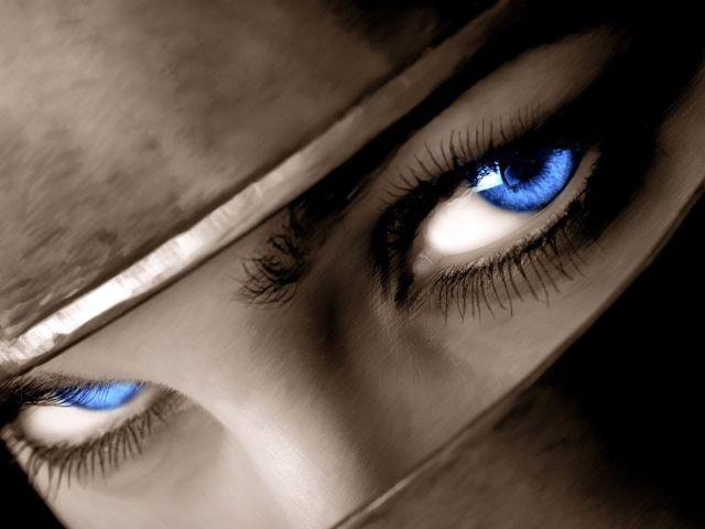 Слезы – оружие женщин.