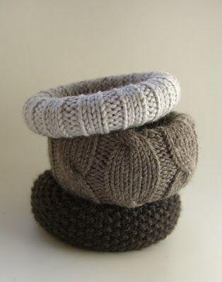 Found a tutorial on making sweater bracelets here: http://organizeyourstuffnow.com/wordpress/?p=16628