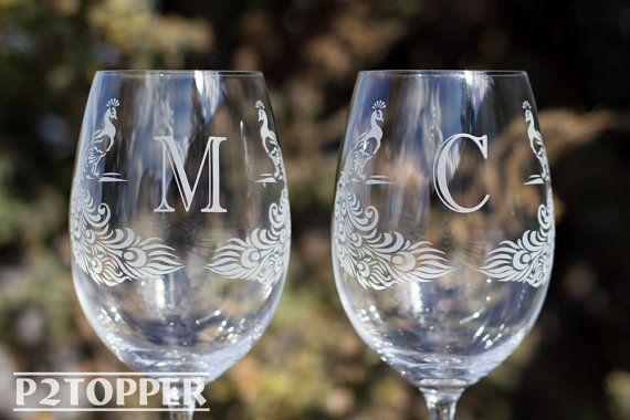 Pavo real copas de vino, copas de vino, novia y novio copas de vino, copas de vino con monograma, personalizado de la boda copas de vino, copas de vino