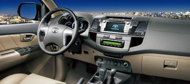 2014 toyota fortuner review