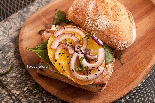Бутерброд со свининой и манго http://amp.gs/Y79e  #foodclub #рецепт #вкусно #завтрак http://amp.gs/Y79k