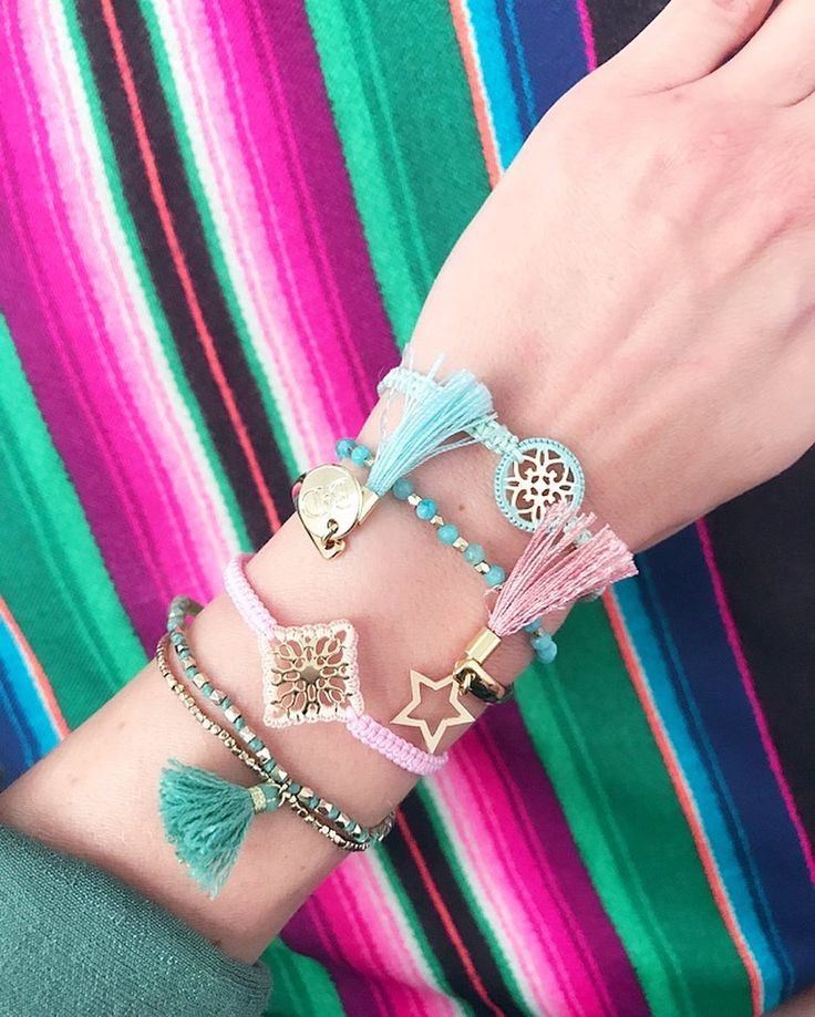 """Polubienia: 73, komentarze: 4 – Anna Dziubek (@annadziubek_bydziubeka) na Instagramie: """"Set z kolekcji #simplicity #bydziubeka #summercollection #ootd #colors #bracelets #jewelry…"""""""