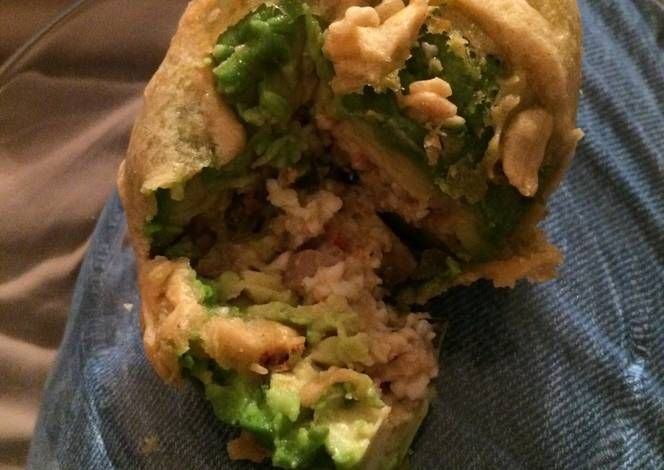 Deep Fried Stuffed Avocado Recipe - Yummy this dish is very delicous. Let's make Deep Fried Stuffed Avocado in your home!