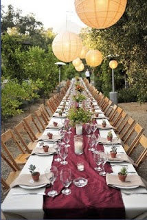 garnet and gold banquet table setting | FSU-themed Events ...