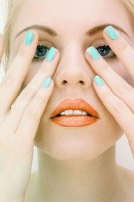 blue nails orange lips
