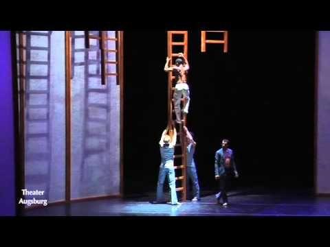 Orpheus Saitenschlag (Theater Augsburg)  Niemand anders als Orpheus vermag so wunderbar zu singen und Lyra zu spielen. Die tragische Geschichte über seine Liebe zur Nymphe Eurydice und seine den Tod überlebende Treue wurde 1726 am Hamburger Gänsemarkt unter der Leitung des Komponisten Georg Philipp Telemann uraufgeführt. Doch Orpheus ist nicht nur als großer Musiker bekannt die Griechen schreiben ihm auch die Erfindung des Tanzes zu. Diese enge Verbindung der beiden Künste inspirierte Leo…