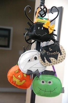Candy sacks adorable doors candy bags doors wreaths goodies bags