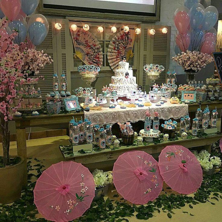 Tudo nessa mesa emociona, desde as #lanternas #japonesas,  #flordecerejeira…