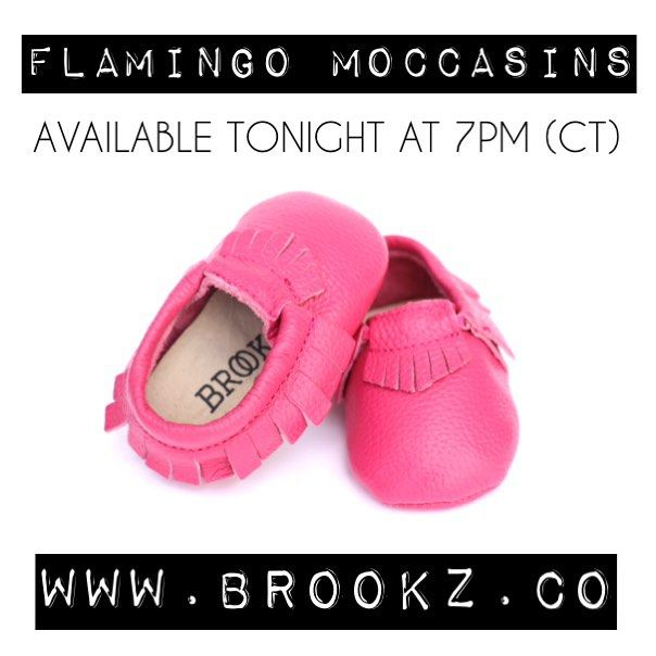 Morning loves! We're half way through the week which means we only have a few more mocc's left to release! These flamingo mocc's are so fun and colourful and perfect for the little ladies in your life! They'll be 10% off for only 30 minutes (7:00pm-7:30pm) no code necessary! So head over to ✖️www.brookz.co✖️ at 7pm sharp, you don't want to miss out on these pink beauties! #brookz#moccasins#moccs#pink#kids#kidsfashion#baby#shoes
