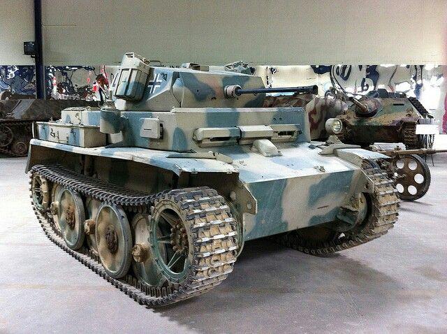 PzKpfw II Ausf.L - Light reconnaissance tank (serial)