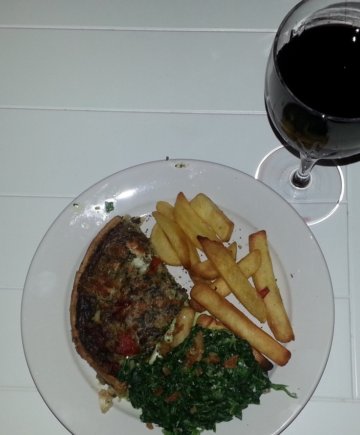 Dinner - Higgidy Pie, chips, spinach and red wine.