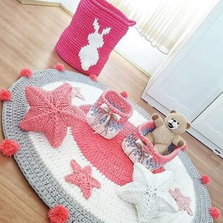 Pin By بسمة اﻻزعر On بسمة حسن Crochet For Home Crochet Rug Design