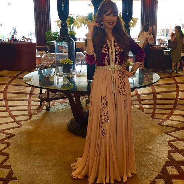 17 best ideas about caftan marocain on pinterest moroccan dress moroccan c - Boutique caftan paris 18 ...