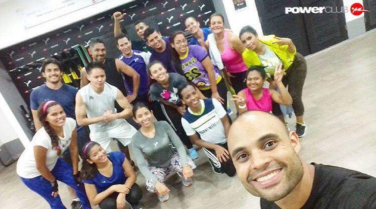 #Repost @deleonpersonaltrainer  Anoche después de un arduo entrenamiento como todos los martes #Hiit en @powerclubpanama #Villalucre 8:00 pm @puma.pa #Teamdeleon #puma #trainforpower #PumaPanama #foreverfaster #powerclub #panamacity #Venezuela #powerclubpanama #personaltrainer #fitness #crosstraining #crossfit #hiit #instafit #instafitness #yoentrenoenpowerclub #brasil #deleonpersonaltrainer  #Colombia #Chile #instachile