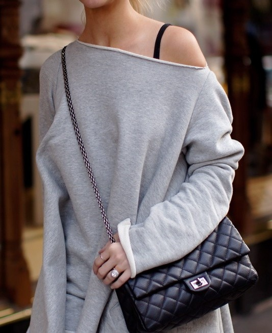Casual grey & Chanel Classic!