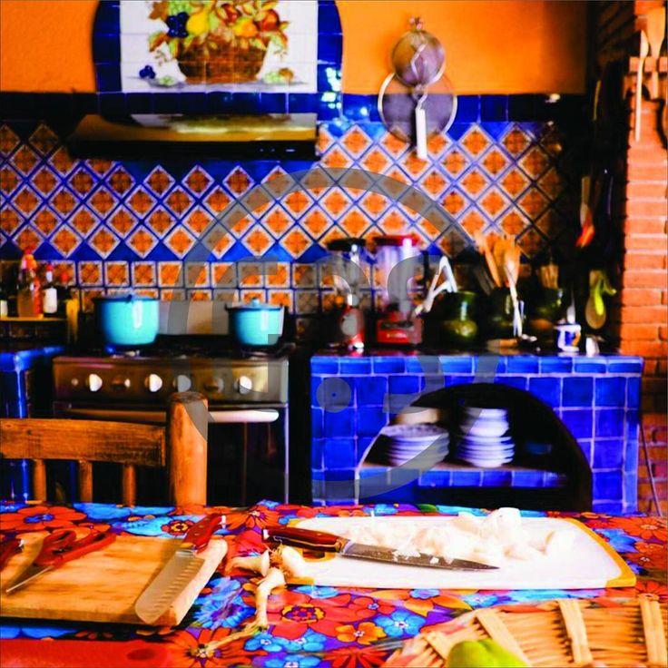 Continuamos en la semana Mexicana… @GoSDisenio decora tu espacio.  Hoy Materiales y Texturas - #EstiloMexicano  WhatsApp +549 1136067019  Insta @gosdisenio #Tips #decor #interior #homedecor #design #acapulco #arquitecturamexicana #artesanal #barragan #decoracionmexicana #homes #kahlo #mexicano #rustic #rustico  #Materiales Materiales Crudos Y Desnudos: Madera - Herrería Remaches Hierro Fundido Azulejos Cerámica Tejas #Texturas Texturas Gruesas Y Ásperas - Rudimentaria…