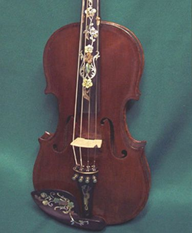 Restored 1720 Stradivarius violin. Awesome.