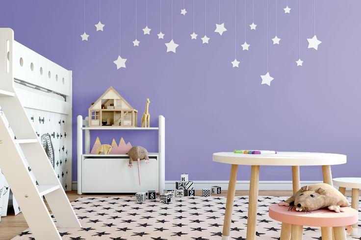 Narodziny dziecka to nie tylko wielka radość, ale i prawdziwa lekcja cierpliwości – wiedzą o tym wszyscy rodzice ;) Nasz psycholog podpowiada, że fiolet w otoczeniu pomaga przyjmować wszystko ze spokojem. Oj, chyba zaraz weźmiemy się za malowanie! ;)