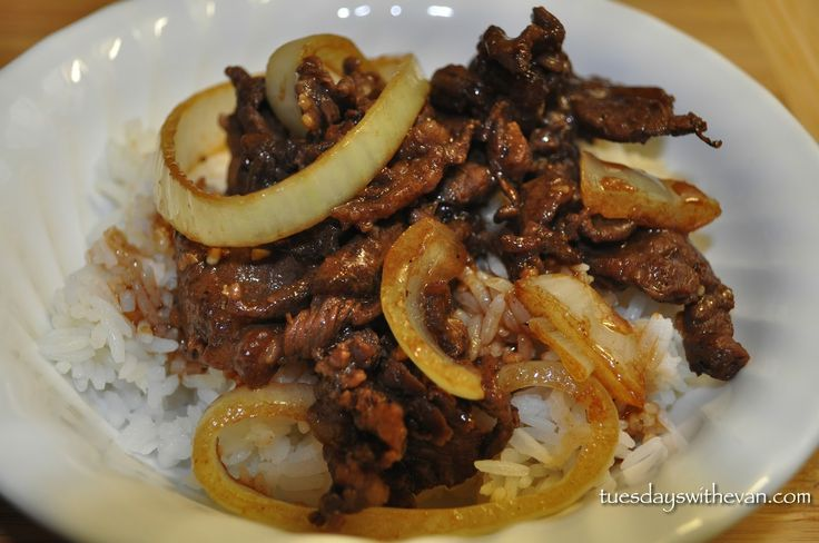 Bistek   Ingredients  1 lbbeef sirloin, thinly sliced1/3 cupsoy sauce1 wholelemon or 4 calamansi1/2 tspground black pepper3 clovesgarlic, minced1 largeonion, sliced crosswise4 tbspcooking oilsalt to tastewater (optional)  Instructions