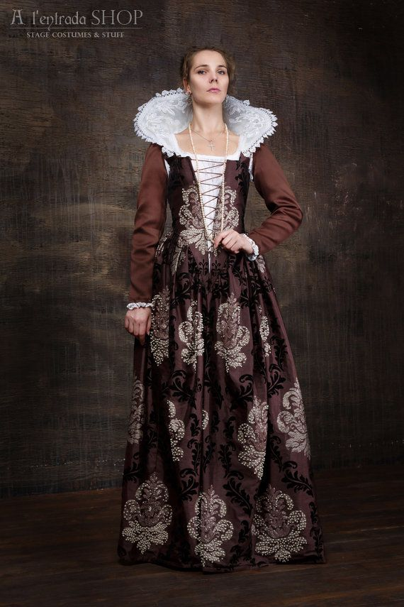 Historical Renaissance dress Venetian carnival by AlentradaSHOP $700 (with chemise and collar)