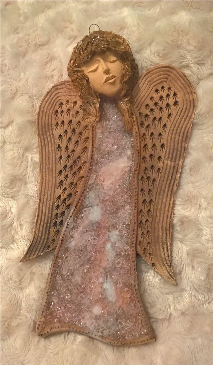 Ceramic angel with pink dress keramický anděl s růžovým taveným sklem