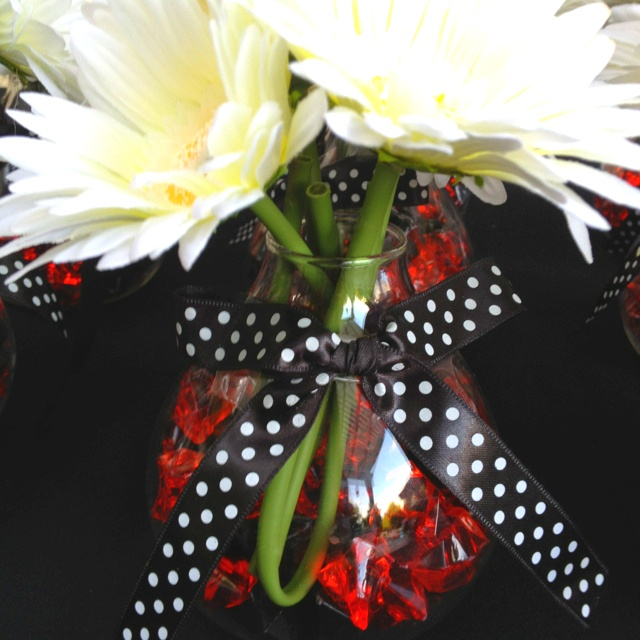 Made these cute centerpieces for a black and red party <3
