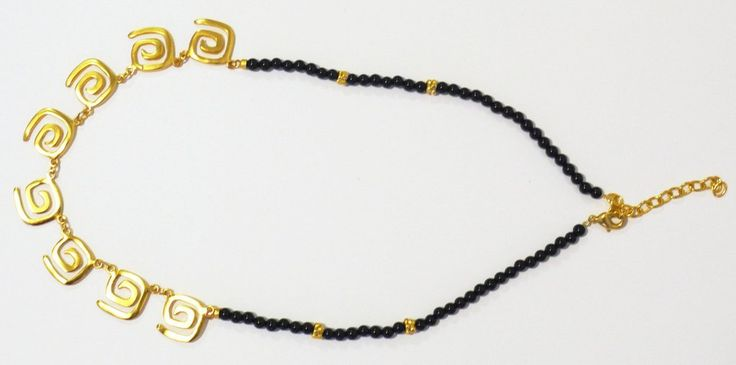 Collarbañado en oro de 24 K, hecho a la cera perdida usando una aleación pura de metales, con piedras semipreciosas, película de protección para proteger el ba