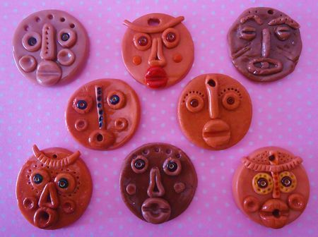 Petits masques africains