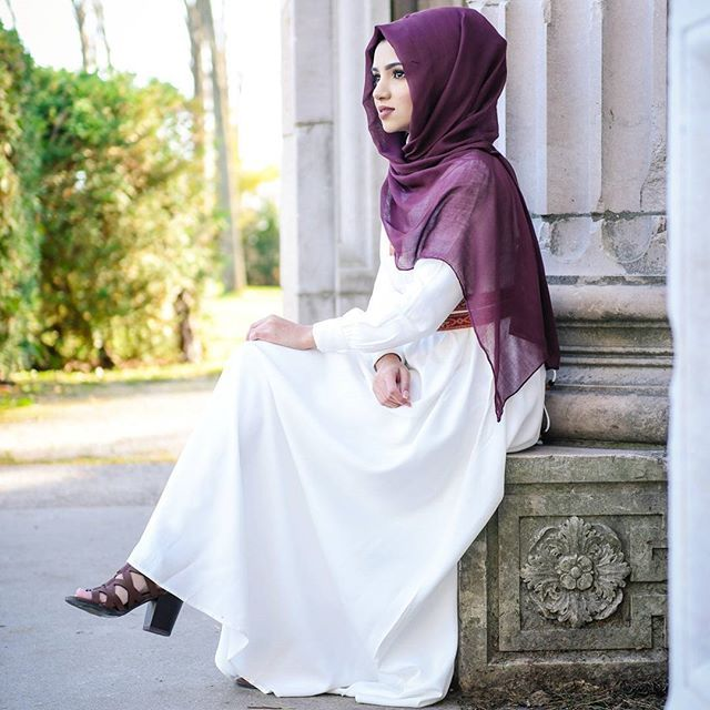 Hijab from @voilechic Dress from @_butah_ Photography by @aliya.amarsi ❤ @saimascorner