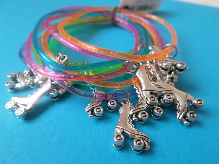 12 ROLLER SKATES glitter gummy bracelets -Party Bags- Xmas -gift- FREEPOST