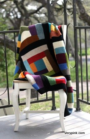 log cabin blanket; free pattern on ravelry. Video pinned to techniques