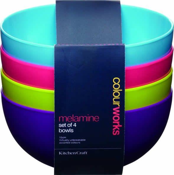 Set de 4 boluri colorate   http://www.bucataria-fermecata.ro/accesorii-servire-masa/set-4-boluri-colorate.html