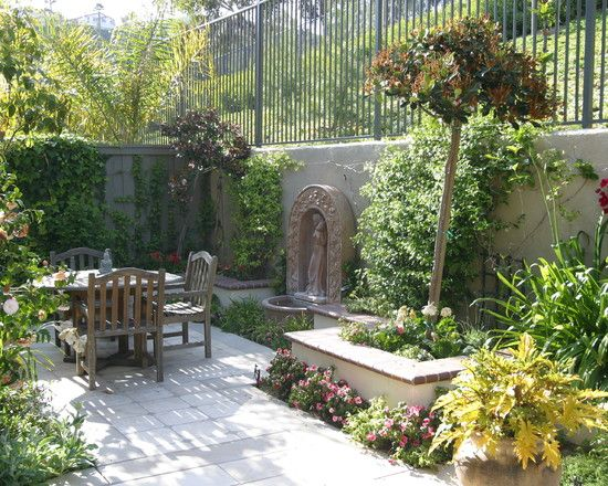 Lovely And Private Outdoor Space Mediterranean Garden