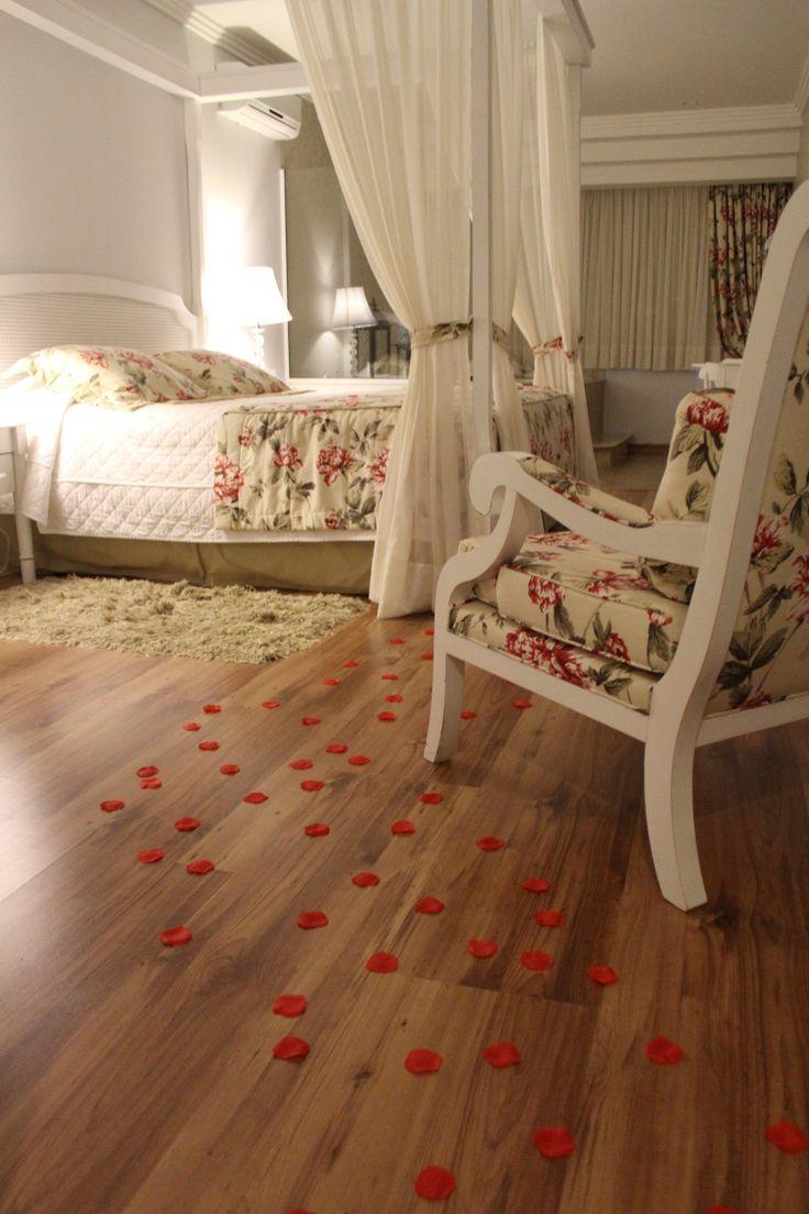 Lua de mel, ou apenas celebrar o amor, o Hotel Alpestre em Gramado tem os Opcionais românticos ideais!