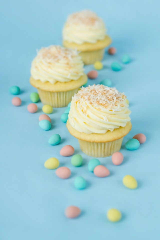 Easter's around the corner, order your cupcakes now!