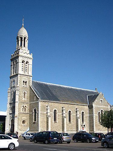eglise-ste-croix-85st gilles croix de vie