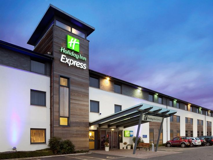 Cambridge Holiday Inn Express Cambridge United Kingdom, Europe The 3-star Holiday Inn Express Cambridge offers comfort and convenience whether you're on business or holiday in Cambridge. Offering a variety of facilities and services, the hotel provides all you need for a good night's sleep. To be found at the hotel are free Wi-Fi in all rooms, 24-hour front desk, facilities for disabled guests, express check-in/check-out, luggage storage. Non smoking rooms, air conditioning, h...